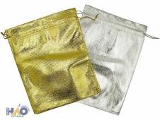 Подарочный пакет: из ткани; цвет-серебро и золото, 14*20 см.