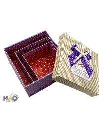 Набор подарочных коробок: 3 в 1 одной расцветки, цветная с рисунком /ассорти/, с бантиком; 7,5*13,5*13,5 см, 6,5*11*11 см, 6*9*9 см.